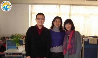 89中毕业生--苗科和同学一起回母校看望老师